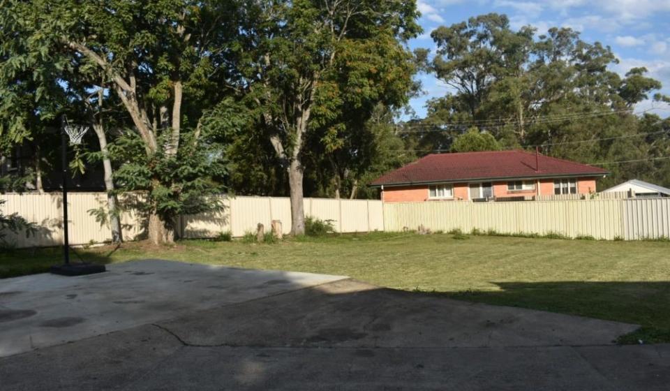 house kimcho rear yard